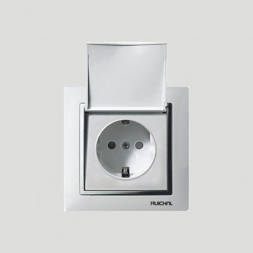 German socket with cover